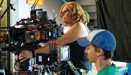 Lilly Wachowski Sinema Sektörüne Geri mi Dönüyor?