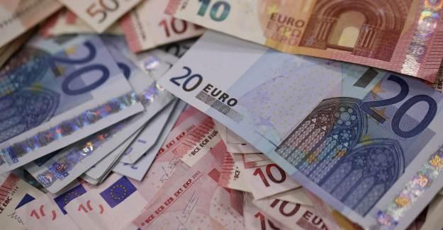 Almanya Merkez Bankası: Alman Ekonomisi Bu Sene Yüzde 7,1 Küçülecek