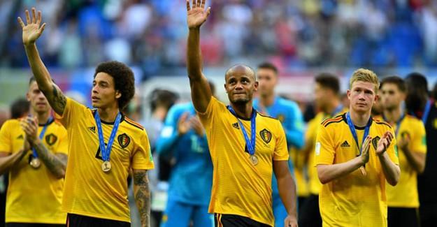 Dortmund, Belçikalı Yıldızı Bitirdi!