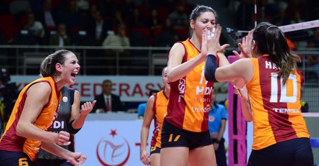 Galatasaray, Burhan Felek'te Tur Arayacak!