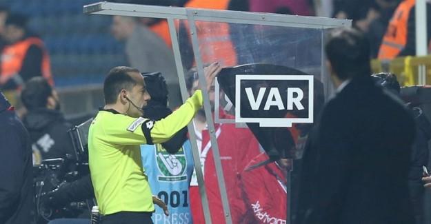 Galatasaray-Akhisarspor Süper Kupa Maçının VAR Hakemleri Belli Oldu!
