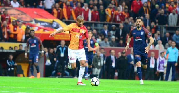Galatasaray'ın Başakşehir'i Yenmesinin Ardından Ligin Favorisi Değişti