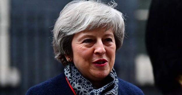 İngiltere Başbakanı Theresa May'dan Brexit Çıkışı
