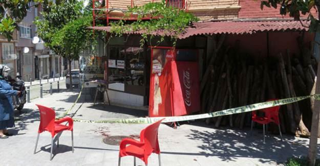 Kadıköy'de Simit Fırınında Çalışan İşçi Bıçaklandı