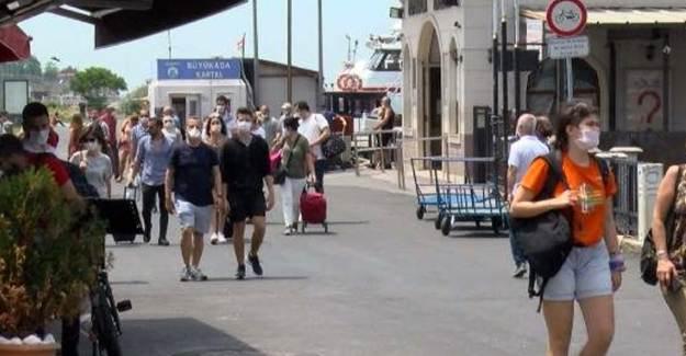 İBB'nin Elektrikli Araç Göndermediği Adalar'da Ulaşım Sıkıntısı Yaşandı