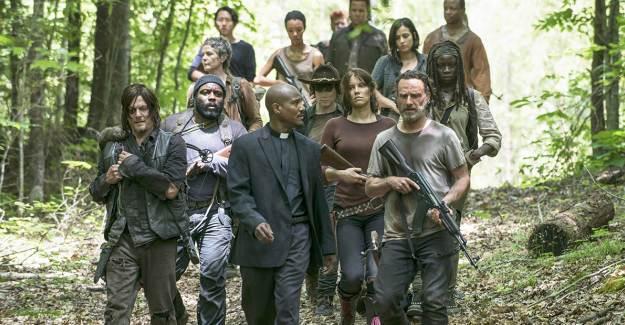 The Walking Dead Yönetmeni Sezon Finali Hakkında Konuştu
